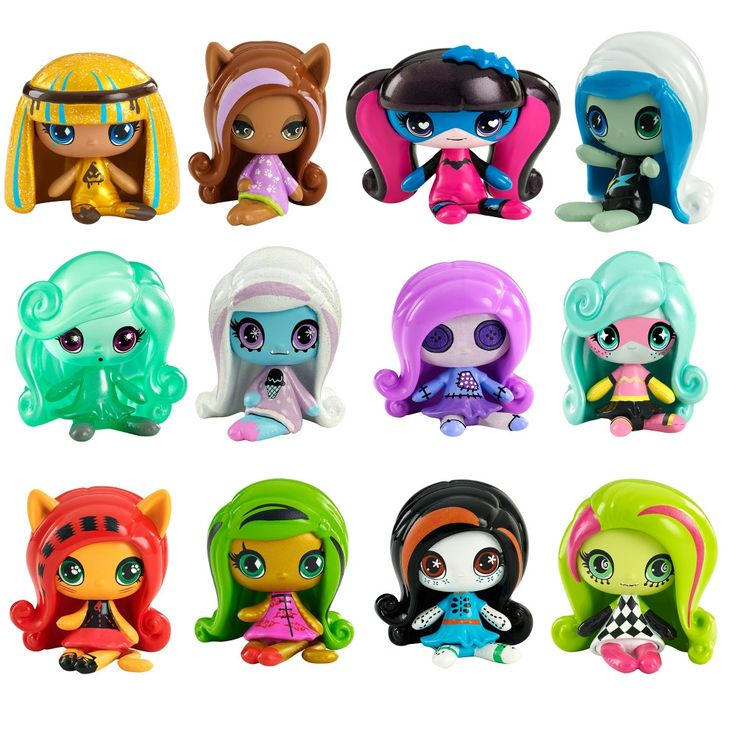 Each small figure is recognizable through signature styles, iconic elements and monsterrific details. Unique outfits are clawesome and dramatic hairstyles flawesome! Plus, different Monster High™ mini