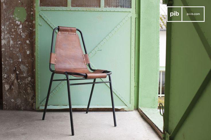 Sedia Bergson e molti altri sedie da scoprire su PIB, lo specialista in arredamenti, illuminazioni e decorazioni vintage.