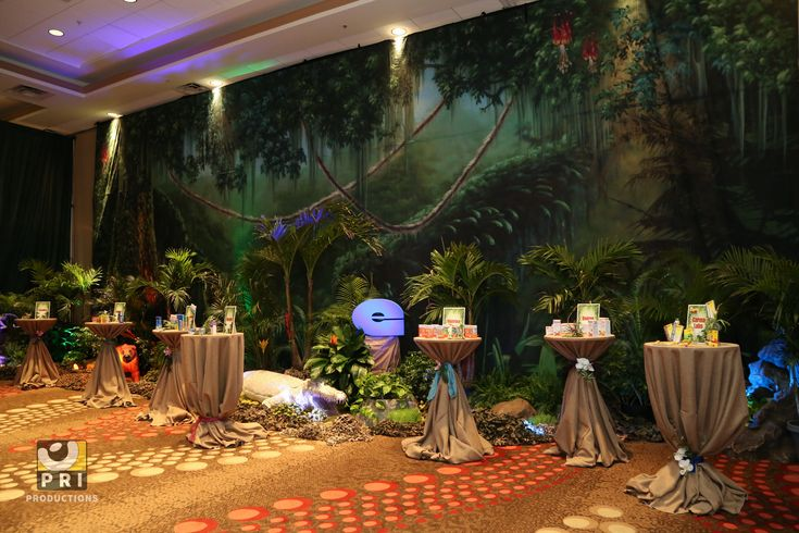 Quot It S A Jungle Out There Quot Trade Show The Large Jungle