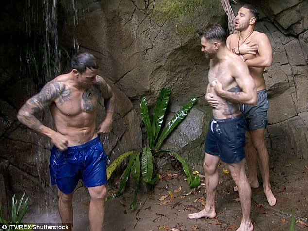 I'm a Celebrity... it's getting hot in here! Joel Dommett, Wayne Bridge and Adam Thomas gave the girls a run for their money on Sunday as they enjoyed the first jungle shower of the series