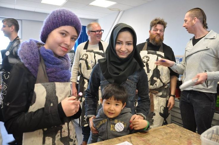 printing with refugees