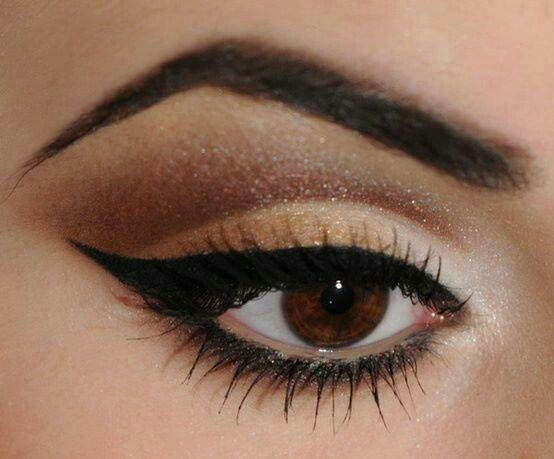 Make up for brown eyes Love the cat eye