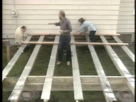 Строительство террасы. Construction of terraces В этом фильме Вы увидите полный цикл строительства террасы от фундамента, до финишной отделки. - Разметка и заливка фундамента, - монтаж стропил и пола, - монтаж ограждения, - финишная отделка, - многое другое.