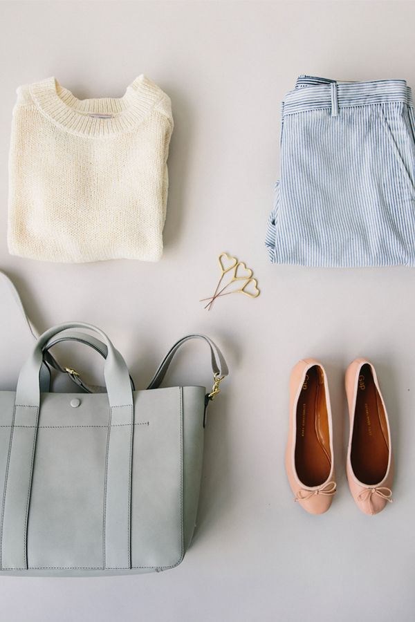 Mix soft hues together for a perfect spring look. Shop all new accessories and clothing from Gap.