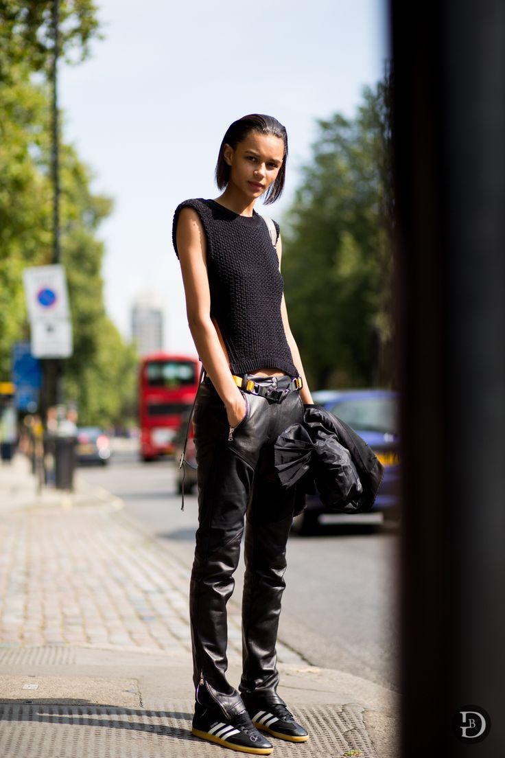 #Binx looking 20 kinds of cool #offduty in London. #BinxWalton