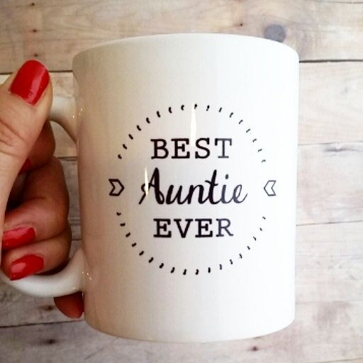 Best Auntie Ever Mug Gift by SincerelyEunice on Etsy. Perfect way to tell the sisters