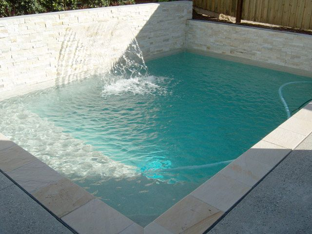 Pool with retaining wall pools pinterest for Pool design retaining wall