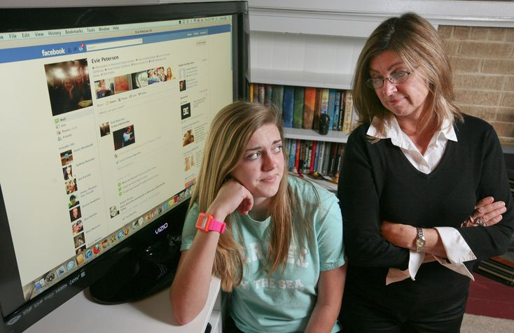 How Moms Use Facebook