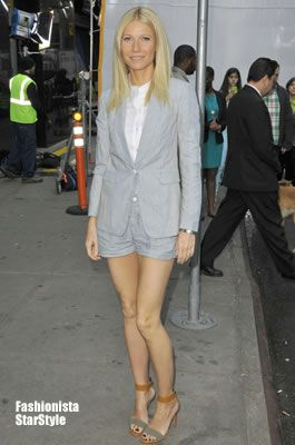 グウィネス・パルトロウはショーパンスタイルのスーツ☆おすすめの40代アラフォー女性のショートパンツ・ショーパンコーデ♪