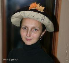 Здравствуйте! В детском саду попросили сшить для утренника шляпку гриба. Вот…