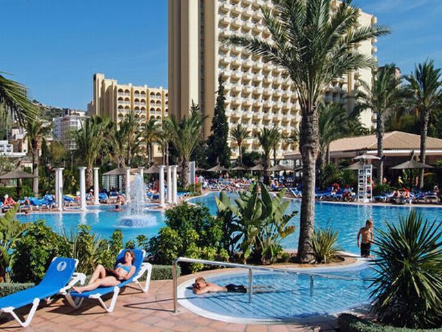 Sol Pelicanos Ocas Hotel - also known as the Solana Resort on the tv series Benidorm!