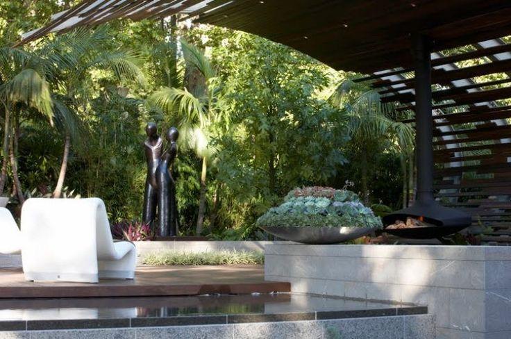 D coration jardin le r le de la sculpture et de la for Decoration jardin statue