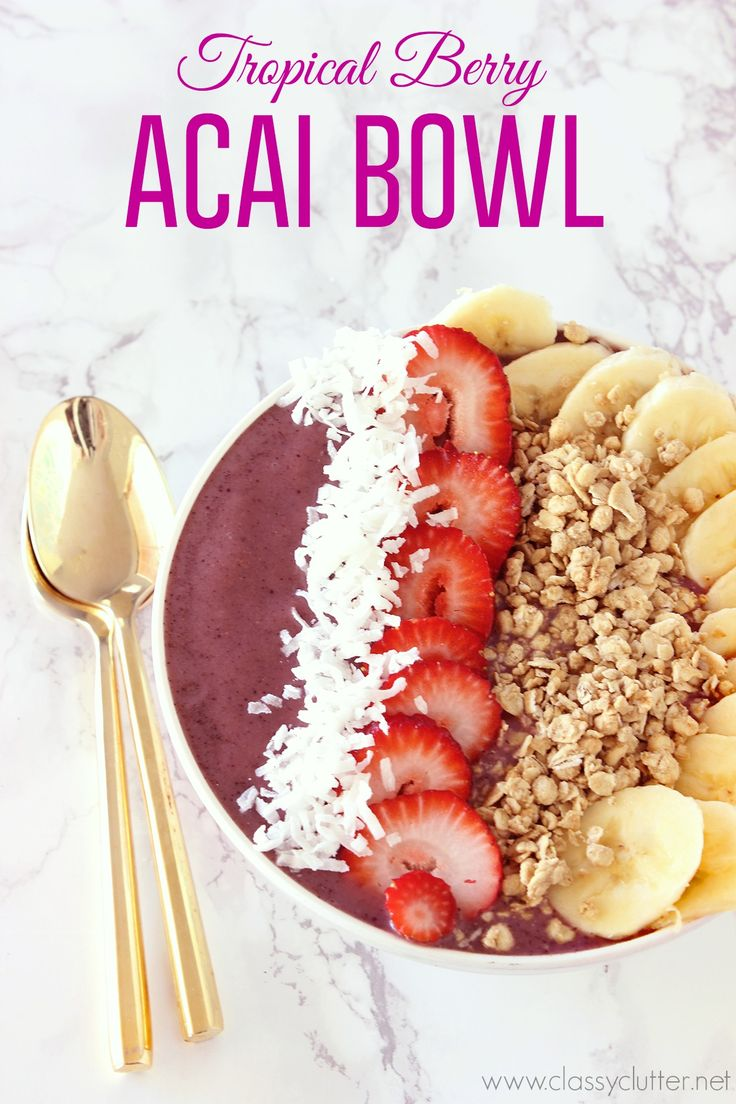 This Tropical Berry Acai Bowl is so delicious! - Click for recipe!