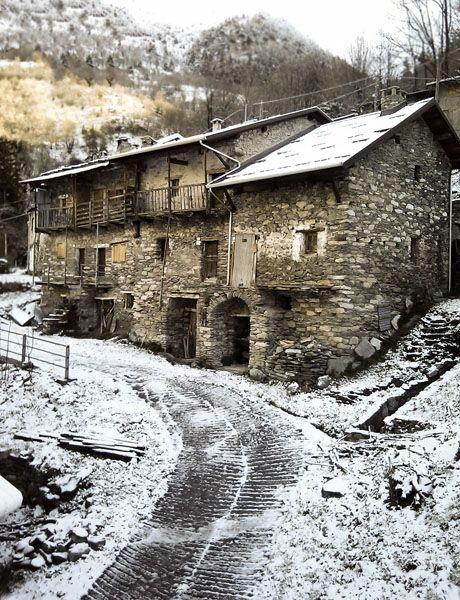 Whitening spring to Carnino Inferiore #cities #piemonte #italy #provinciadicuneo
