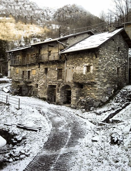 Whitening spring to Carnino Lower #mountains #piemonte #italy #provinciadicuneo