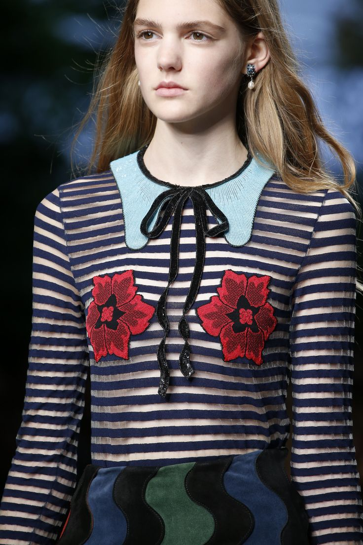 TRompe l'oeil Gucci Spring 2016 Ready-to-Wear Accessories Photos - Vogue