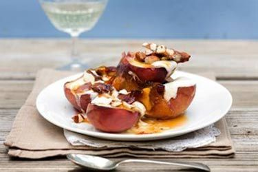 Honey peaches with almond brittle and mascarpone