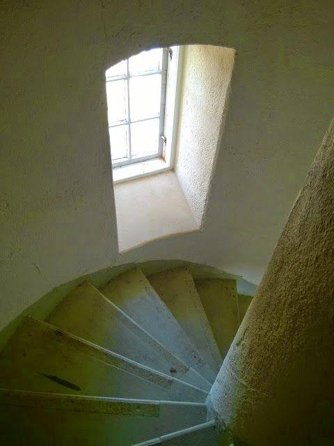 Säpin majakka, 139 askelmaa.  Kesäretkellä Säpin majakalla Luvialla