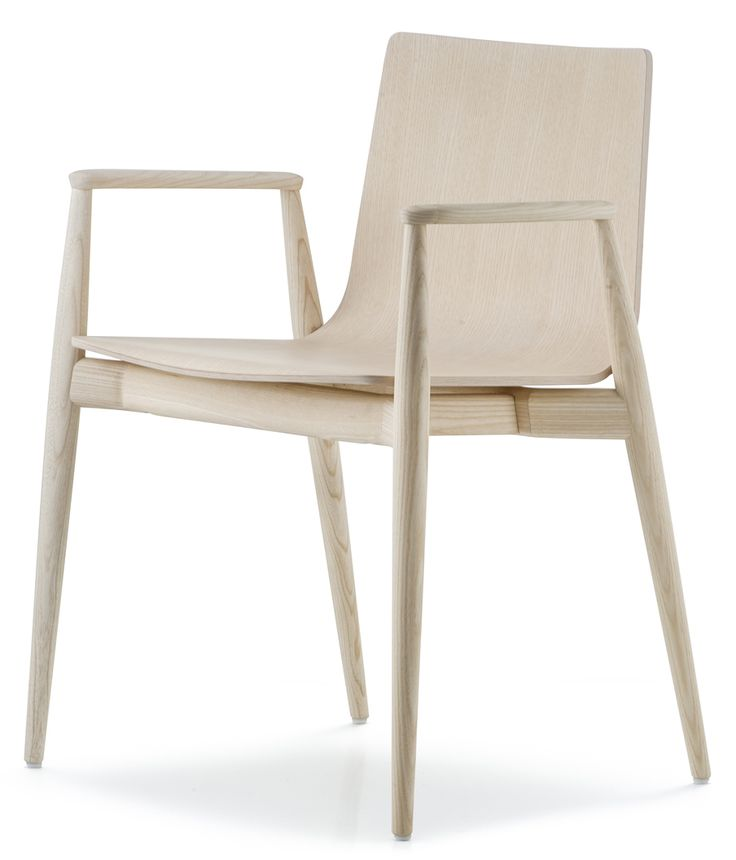 Malmö 395 stol - ask från Pedrali hos ConfidentLiving.se