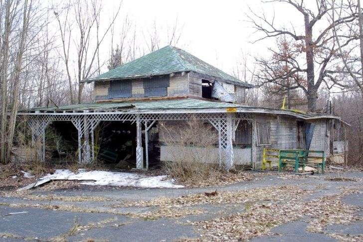 The Chippewa Lake Abandoned Amusement Park – Abandoned Playgrounds