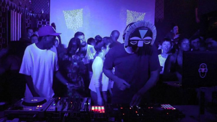 SBTRKT Boiler Room MixLovin' this today at Galibardy.com HQ - THIS IS ENGLAND SBTRKT Boiler Room Mix https://youtu.be/7sev7kbnOVA via @YouTube #sbtrkt #ldn #boilerroom