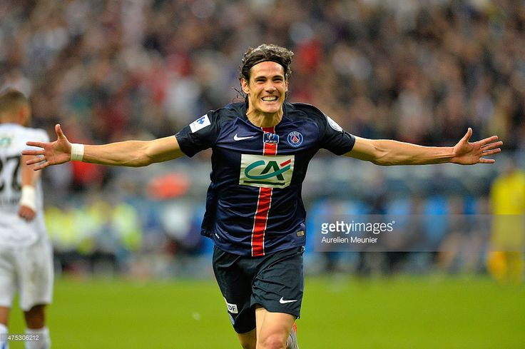 Arsenal transfer news: Arsene Wenger in Paris to sign Edinson Cavani and Adrien Rabiot - Football Insider