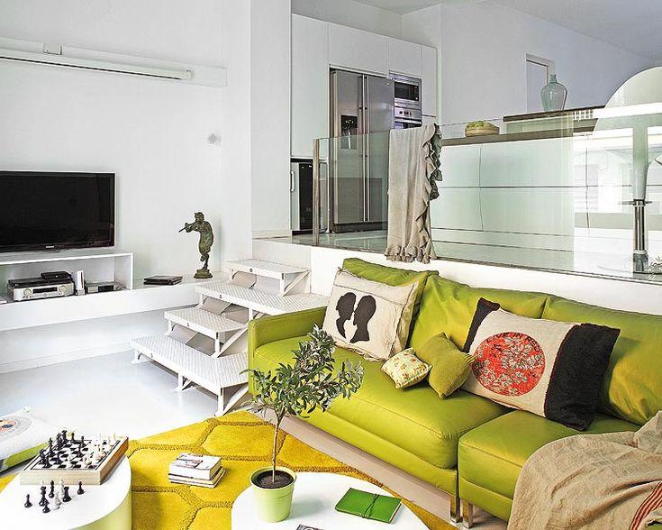 charming_green_living_room_design