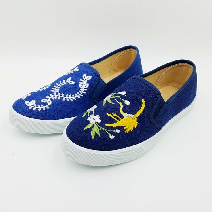 Women Black Canvas Shoes Fashion Embroidery Flower Lace Up Casual Shoes for Women Platform Injection Flat Shoes