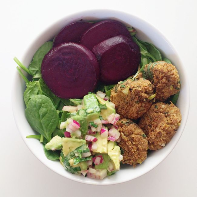 quinoa falafel bowl // clean food dirty city (gluten free, vegan)