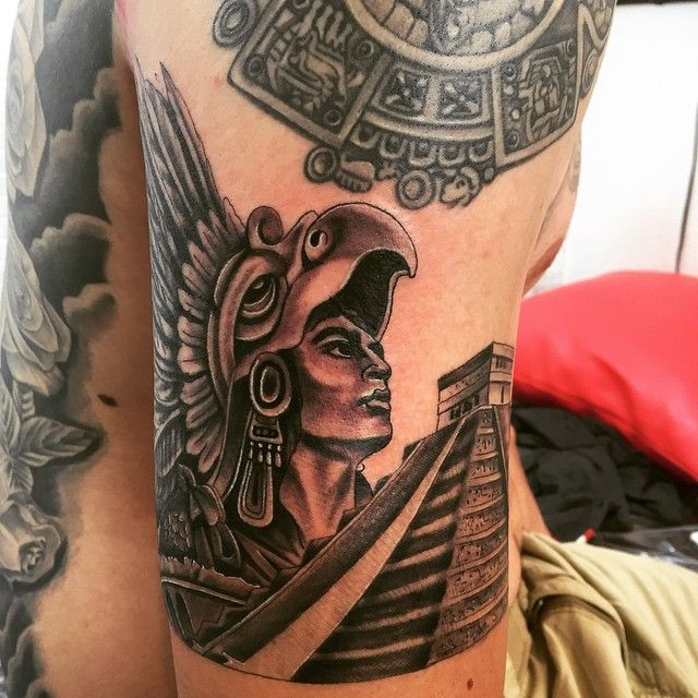 25 Unique Tribal Sun Tattoos Ideas On Pinterest: 1000+ Ideas About Aztec Tattoo Designs On Pinterest