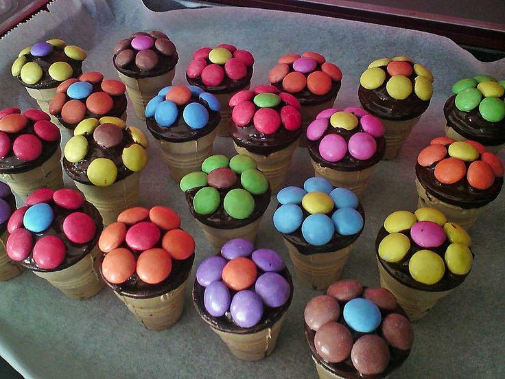 Kleine Kuchen im Waffelbecher 6