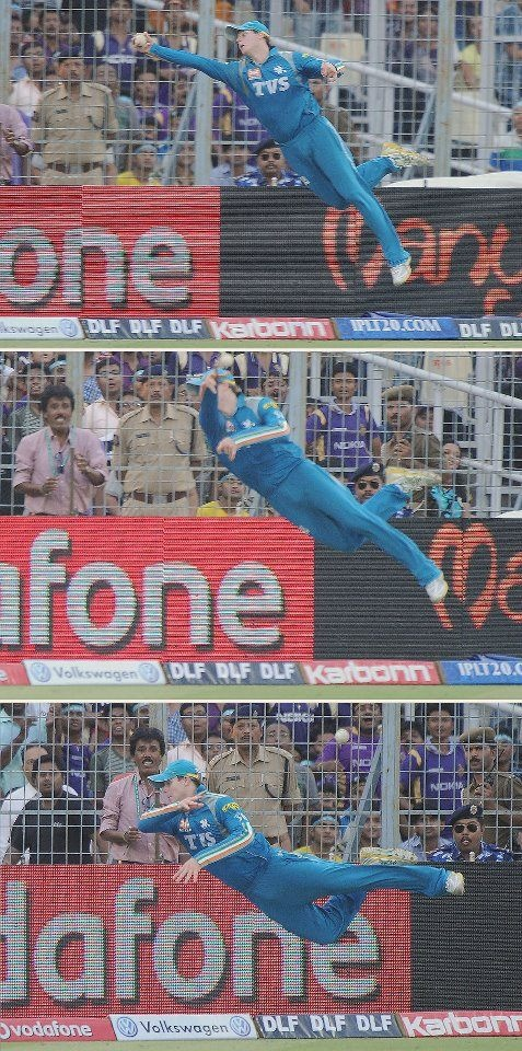One of the most amazing cricket moments you will ever see ...... i think this deserves a AWARD!!! Steven Smith u r unbelievably awesome