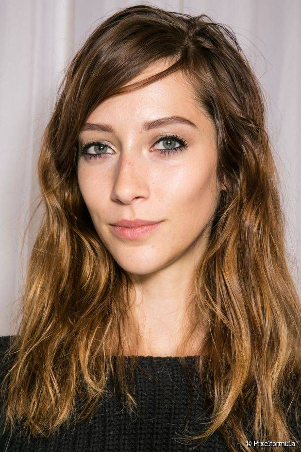 Create a Grunge Hairstyle At Home