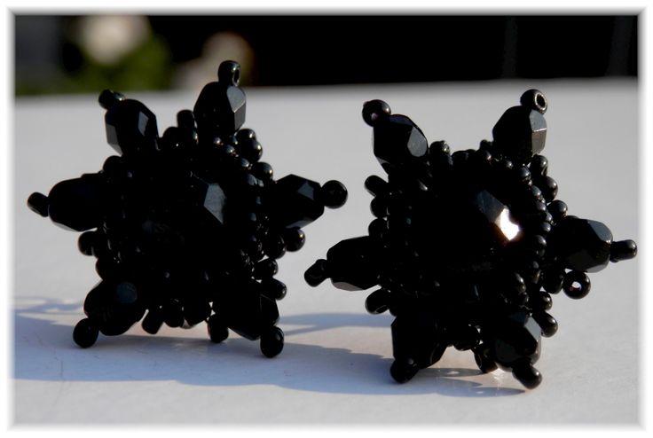 Černé+hvězdičky
