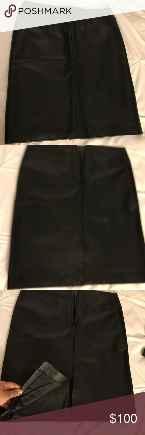 Andrea Viccaro 💯 Genuine Leather Skirt Andrea Viccaro 💯 Genuine Leather skirt. Worn once. Great condition. Like new Andrea Viccaro Skirts