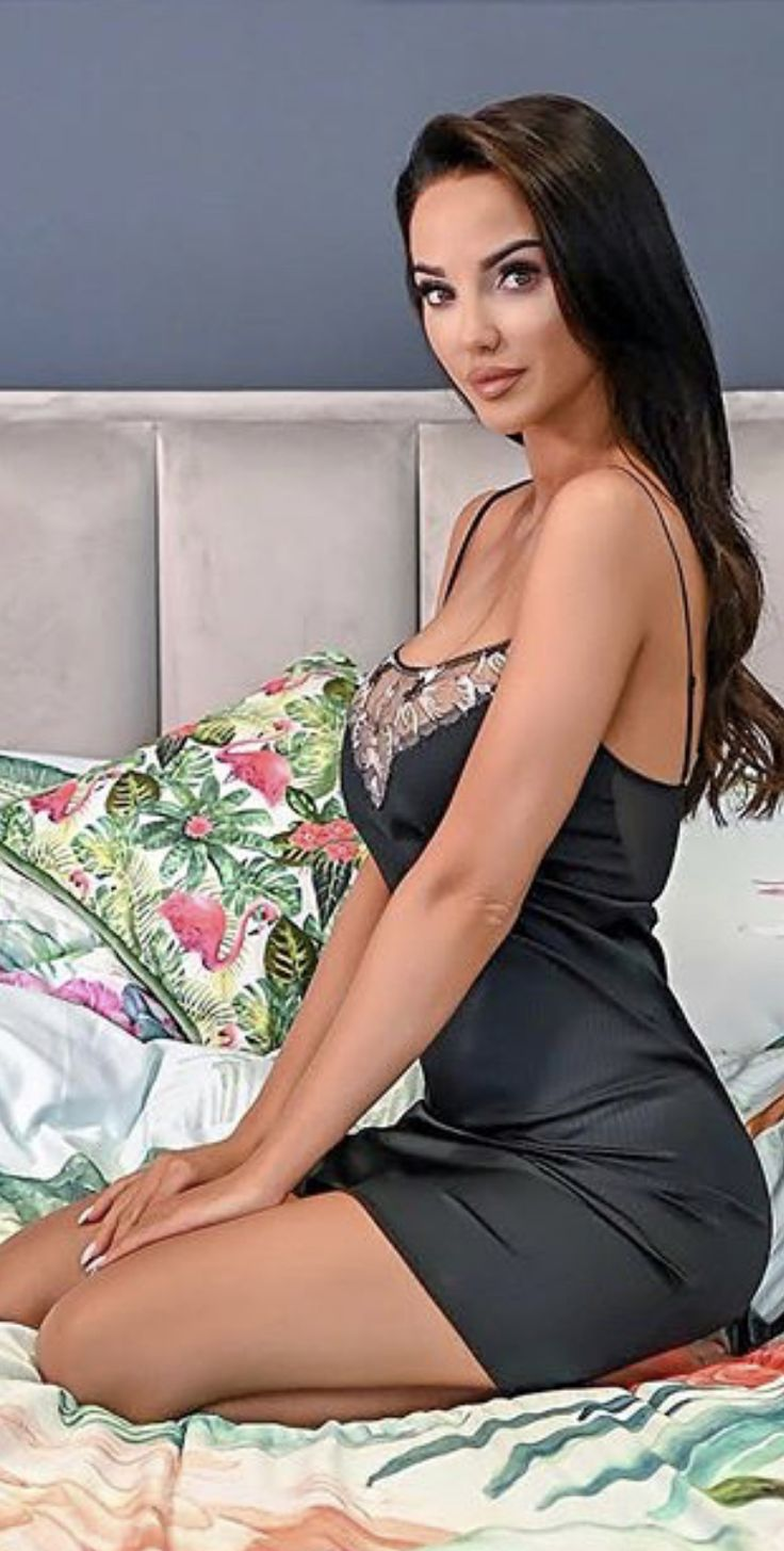 linen sleepwear camisole with cotton eyelet lace trim ready
