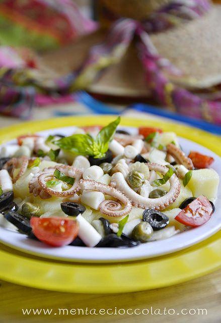 Insalata di polpo e patate http://www.mentaecioccolato.com/2014/07/insalata-di-polpo-e-patate-per-unestate.html