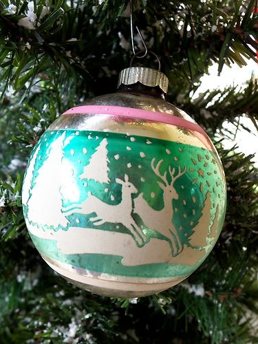 VINTAGE SHINE BRITE STENCILED CHRISTMAS ORNAMENT 2 REINDEER PASTEL | eBay