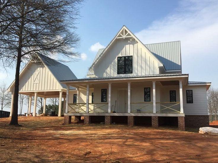 10 Best Modern Farmhouse Floor Plans That Won People Choice Award Looking For The Best Farmh Small Farmhouse Plans Modern Farmhouse Plans House Plans Farmhouse