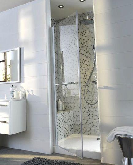Une porte de douche qui joue la transparence - Salle de bains : plus de 30 modèles coups de coeur - CôtéMaison.fr