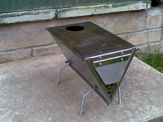 Sweet little tent wood stove design