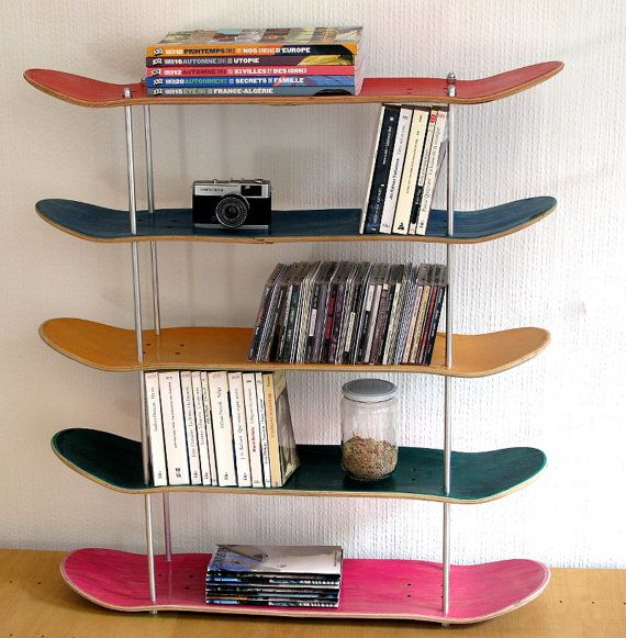 Shelf made by recycled skateboards. by SkateMood on Etsy, €180.00