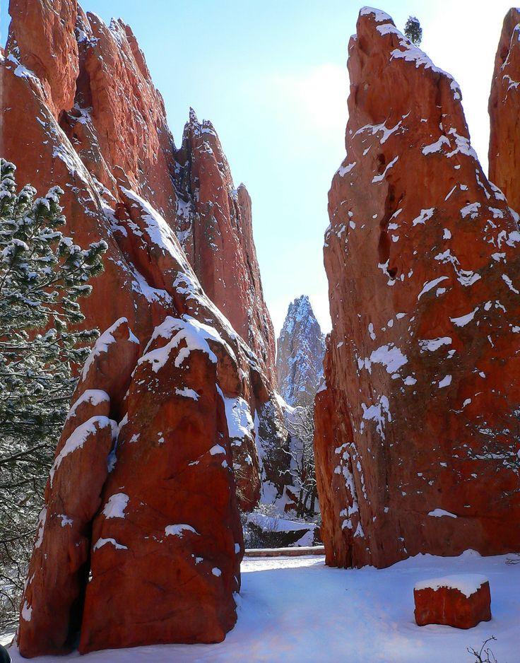 Snowy Monoliths Garden Of The Gods Colorado Springs Co Travel Pinterest Gardens The O