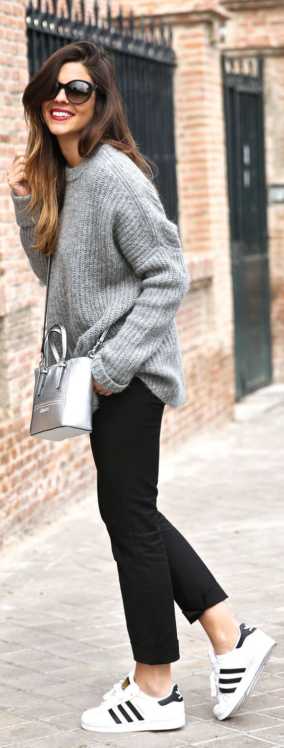 Minimal chic | Grey knitted sweater black pants, sneakers, silver purse