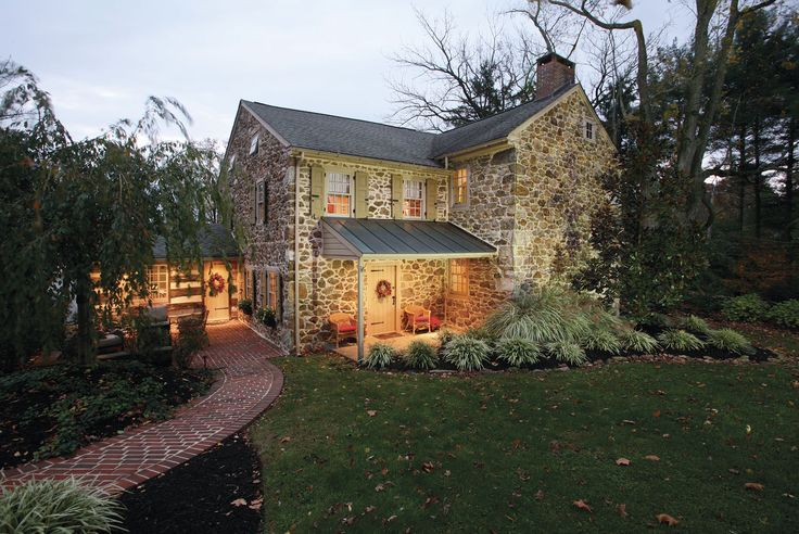Fine Homebuilding's best traditional home for 2015 is a Pennsylvania fieldstone house built in 1776 and remodeled in 2011 by architect Jeffrey Dolan. Learn more about this Colonial Revival: http://www.finehomebuilding.com/houseawards/2015/best-traditional-home