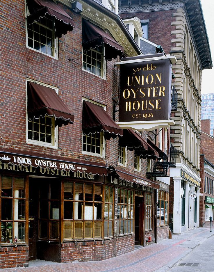 Ye Olde Union Oyster House in Boston is one of the oldest restaurants in the United States serving diners since 1826.