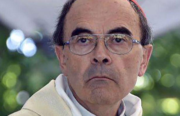 Pedofilia: il cardinale  Philippe Barbarin a processo, non denunciò un prete orco