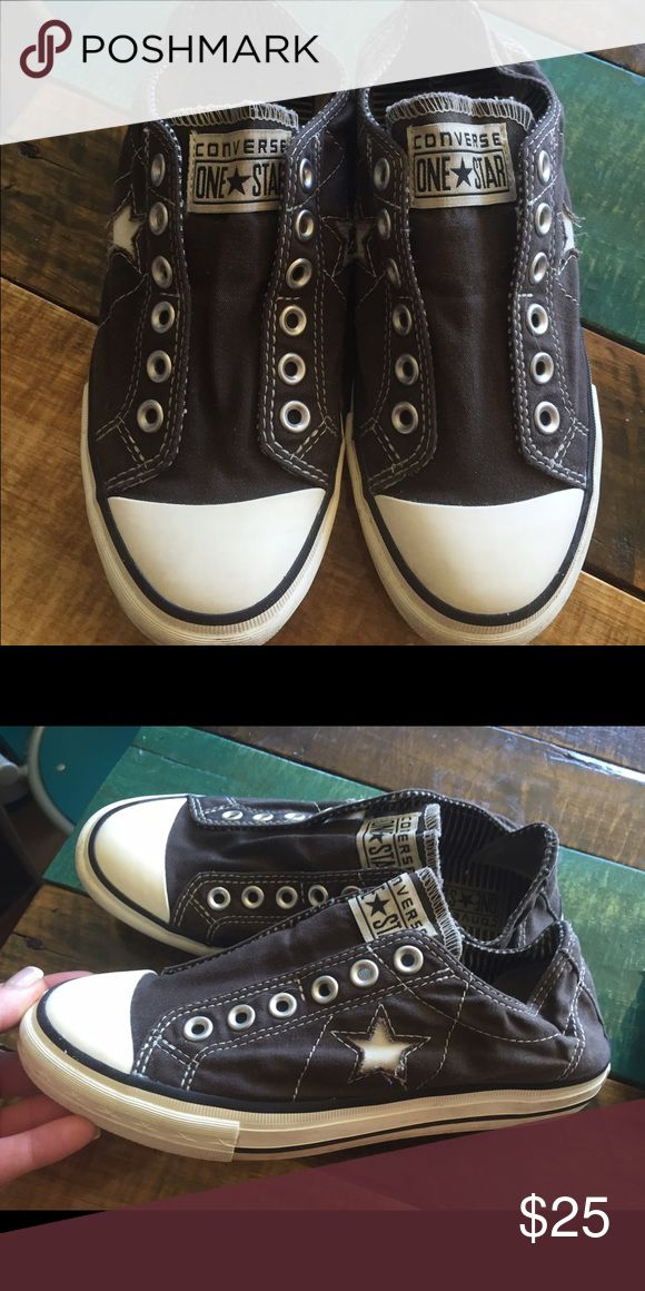 Gray Ladies Converse Sz 7.5 Excellent condition Sz 7.5 Converse Shoes Sneakers