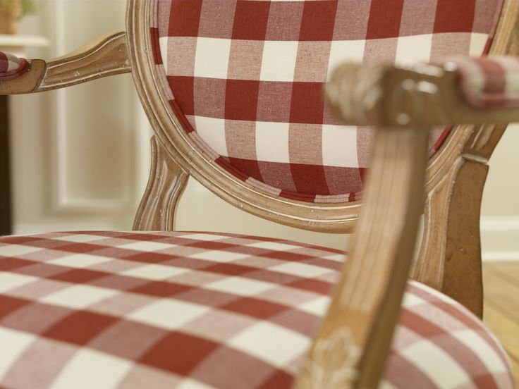 ooooh.  red and white french country chair in a buffalo check.  really....does it get any better??  :)