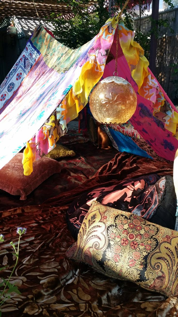 Boho tent teepee Bohemian Tapestry glamping silk hippy scarves Gypsy hippie patchwork canopy Wedding Decor HippieWild backdrop Bohemian